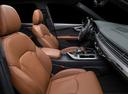 Фото авто Audi Q7 4M, ракурс: сиденье