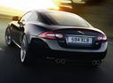 Фото авто Jaguar XK X150 [2-й рестайлинг], ракурс: 135 цвет: черный