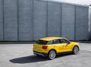 Фото авто Audi Q2 1 поколение, ракурс: 225 цвет: желтый