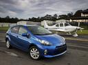 Фото авто Toyota Prius C 1 поколение, ракурс: 315