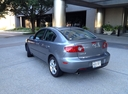 Фото авто Mazda 3 BK, ракурс: 135 цвет: серый
