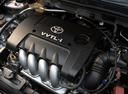 Фото авто Toyota Corolla E120, ракурс: двигатель