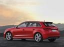 Фото авто Audi A3 8V, ракурс: 135 цвет: красный