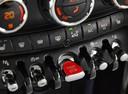 Фото авто Mini Cooper F56, ракурс: центральная консоль