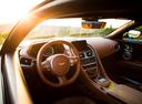 Фото авто Aston Martin DB11 1 поколение, ракурс: торпедо