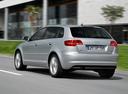 Фото авто Audi A3 8P/8PA [2-й рестайлинг], ракурс: 135 цвет: серебряный