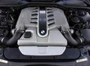 Фото авто BMW 7 серия E65/E66, ракурс: двигатель