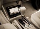 Фото авто Toyota Camry XV30 [рестайлинг], ракурс: ручка КПП