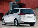 Фото авто Opel Zafira C, ракурс: 135 цвет: белый