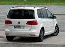Фото авто Volkswagen Touran 1 поколение [2-й рестайлинг], ракурс: 225 цвет: серебряный
