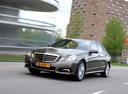 Фото авто Mercedes-Benz E-Класс W212/S212/C207/A207, ракурс: 45 цвет: серый