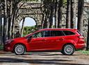 Фото авто Ford Focus 3 поколение, ракурс: 90 цвет: красный