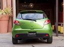 Фото авто Mazda 2 DE [рестайлинг], ракурс: 180 цвет: зеленый
