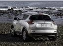 Фото авто Nissan Juke YF15, ракурс: 135 цвет: серебряный