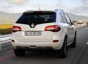 Фото авто Renault Koleos 1 поколение [рестайлинг], ракурс: 225 цвет: белый