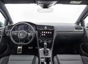 Фото авто Volkswagen Golf 7 поколение [рестайлинг], ракурс: торпедо