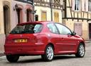 Фото авто Peugeot 206 1 поколение [рестайлинг], ракурс: 225 цвет: красный