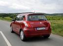 Фото авто Suzuki Swift 4 поколение, ракурс: 135 цвет: красный