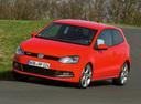 Фото авто Volkswagen Polo 5 поколение, ракурс: 45 цвет: красный