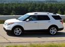 Фото авто Ford Explorer 5 поколение, ракурс: 90 цвет: белый