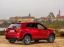 Фото авто Mitsubishi ASX 1 поколение [2-й рестайлинг], ракурс: 225 цвет: красный
