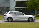 Фото авто BMW 1 серия F20/F21 [рестайлинг], ракурс: 270 цвет: серебряный