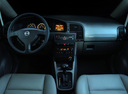 Фото авто Chevrolet Zafira 1 поколение [рестайлинг], ракурс: торпедо