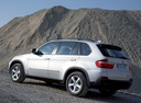 Фото авто BMW X5 E70, ракурс: 135 цвет: серебряный