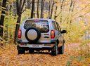 Фото авто Chevrolet Niva 1 поколение, ракурс: 180