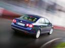 Фото авто Volkswagen Jetta 5 поколение, ракурс: 225 цвет: синий
