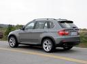 Фото авто BMW X5 E70, ракурс: 135 цвет: серый