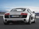 Фото авто Audi R8 1 поколение [рестайлинг], ракурс: 180 цвет: серебряный