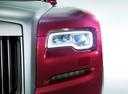 Фото авто Rolls-Royce Ghost 2 поколение, ракурс: передние фары цвет: бордовый
