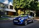 Фото авто Mini Cabrio F57 [рестайлинг], ракурс: 45 цвет: синий