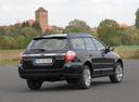 Фото авто Subaru Outback 3 поколение [рестайлинг], ракурс: 225 цвет: черный