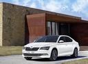 Фото авто Skoda Superb 3 поколение, ракурс: 45 цвет: белый