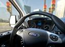 Фото авто Ford Tourneo Custom 1 поколение, ракурс: рулевое колесо
