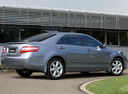 Фото авто Toyota Camry XV40, ракурс: 225 цвет: серебряный