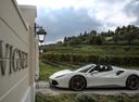 Фото авто Ferrari 488 1 поколение, ракурс: 90 цвет: белый
