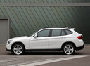 Фото авто BMW X1 E84, ракурс: 90 цвет: белый