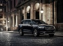 Фото авто Volvo XC90 2 поколение, ракурс: 315 цвет: черный