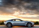 Фото авто Aston Martin DB11 1 поколение, ракурс: 270 цвет: серебряный