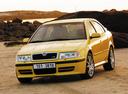 Фото авто Skoda Octavia 1 поколение [рестайлинг], ракурс: 45 цвет: желтый