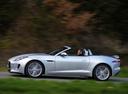 Фото авто Jaguar F-Type 1 поколение, ракурс: 90 цвет: серебряный