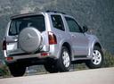 Фото авто Mitsubishi Montero 3 поколение [рестайлинг], ракурс: 225 цвет: серебряный