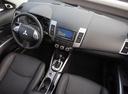 Фото авто Mitsubishi Outlander XL [рестайлинг], ракурс: торпедо