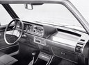 Фото авто Volkswagen Jetta 1 поколение, ракурс: торпедо