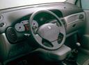Фото авто Renault Scenic 1 поколение [рестайлинг], ракурс: торпедо
