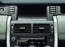 Фото авто Land Rover Discovery Sport 1 поколение, ракурс: центральная консоль