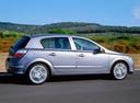 Фото авто Opel Astra H, ракурс: 270 цвет: серебряный